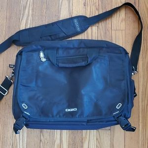 Ogio City Corp.  Messenger travel bag